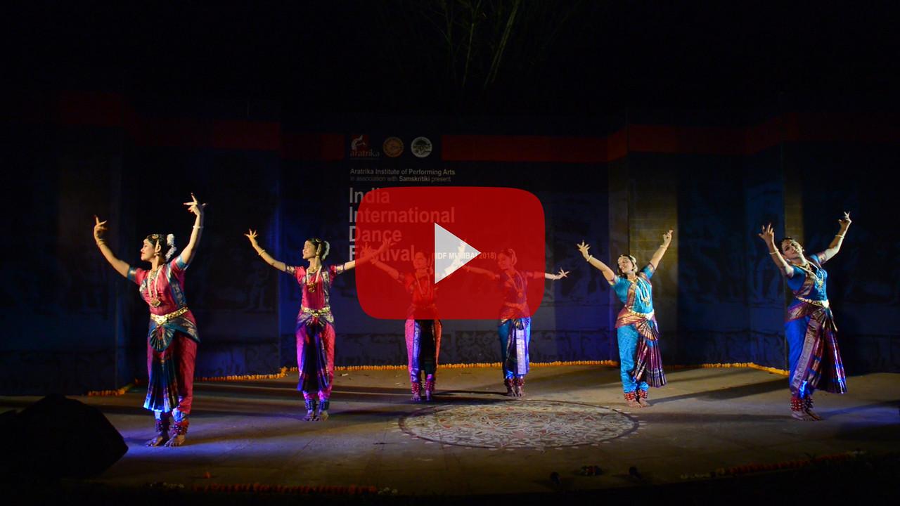 Short video clip of Nrityasamved group, Bharatnatyam<br /> <br /> INTERNATIONAL INDIA DANCE FESTIVAL (IIDF MUMBAI 2018) 3rd March 2018. Organized by Aratrika Institute of Performing Arts and Samskritiki for its first season in Mumbai.