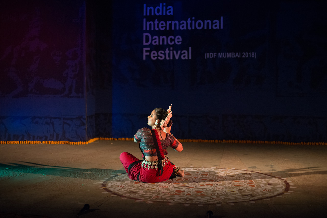 Namrata Mehta of Kaishiki. Odissi. Arksh - Exploring the Zodiac through Movement & Music in Odissi Dance. INTERNATIONAL INDIA DANCE FESTIVAL (IIDF MUMBAI 2018) 4th March 2018. Organized by Aratrika Institute of Performing Arts and Samskritiki for its first season in Mumbai.<br /> <br /> Classical dance styles, folk, contemporary and fusion were performed over three days of the festival (2nd, 3rd and 4th March 2018).