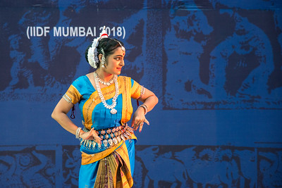 Smt Swapnokolpa Dasgupta (Roychowdhury), disciple of legendary Guru Kelucharan Mahapatra and Guru Poushali Mukherjee, is a proficient dancer in Odissi style of Indian classical dance.  INTERNATIONAL INDIA DANCE FESTIVAL (IIDF MUMBAI 2018) 4th March 2018. Organized by Aratrika Institute of Performing Arts and Samskritiki for its first season in Mumbai.