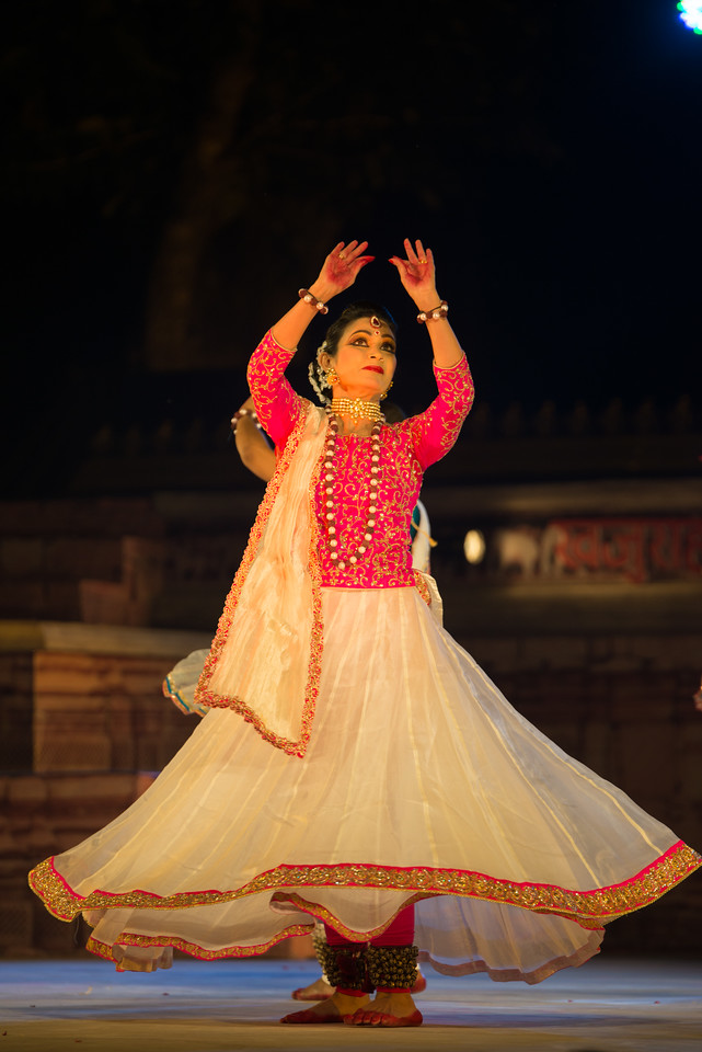 Yasmin Singh, is an accomplished Kathak dancer championing Raigarh Gharana. 'Lucknow Gharana' is the other style of Kathak, in which she has a special interest. She believes in harmonization of different genres of Kathak. She is triple M.A in History, Social Work and Kathak. She also has MPhil Degree in History. She has a Bachelor Degree of Education. Presently she is working as a Director with Government of Chhattisgarh (Swachh Bharat Mission).<br /> <br /> Khajuraho Dance Festival 21st Feb'17. Colorful and brilliant classical dance forms of India with roots in the rich cultural traditions offer a feast for the eyes during a weeklong extravaganza. Khajuraho Temples in Madhya Pradesh are popular for their architectural wonders and sculptures.
