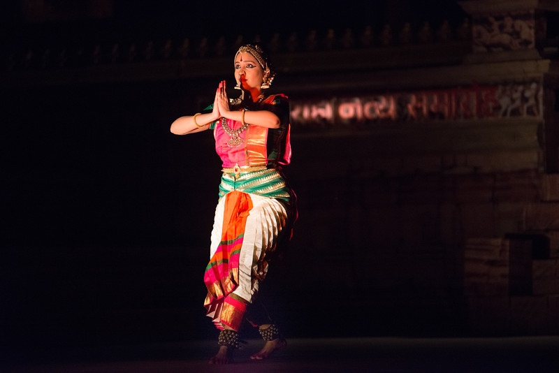Lavanya Sankar is a Bharatanatyam dancer. She started at the tender age of four when she came under the tutelage of the noted Guru Kalaimamani Smt. K.J. Sarasa of Sarasalaya. <br /> <br /> Khajuraho Dance Festival 22nd Feb'17.