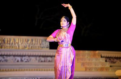 Bharatnatyam dancer Geeta Chandran Founder, President, NATYA VRIKSHA, New Delhi at the Khajuraho Festival of Dances.