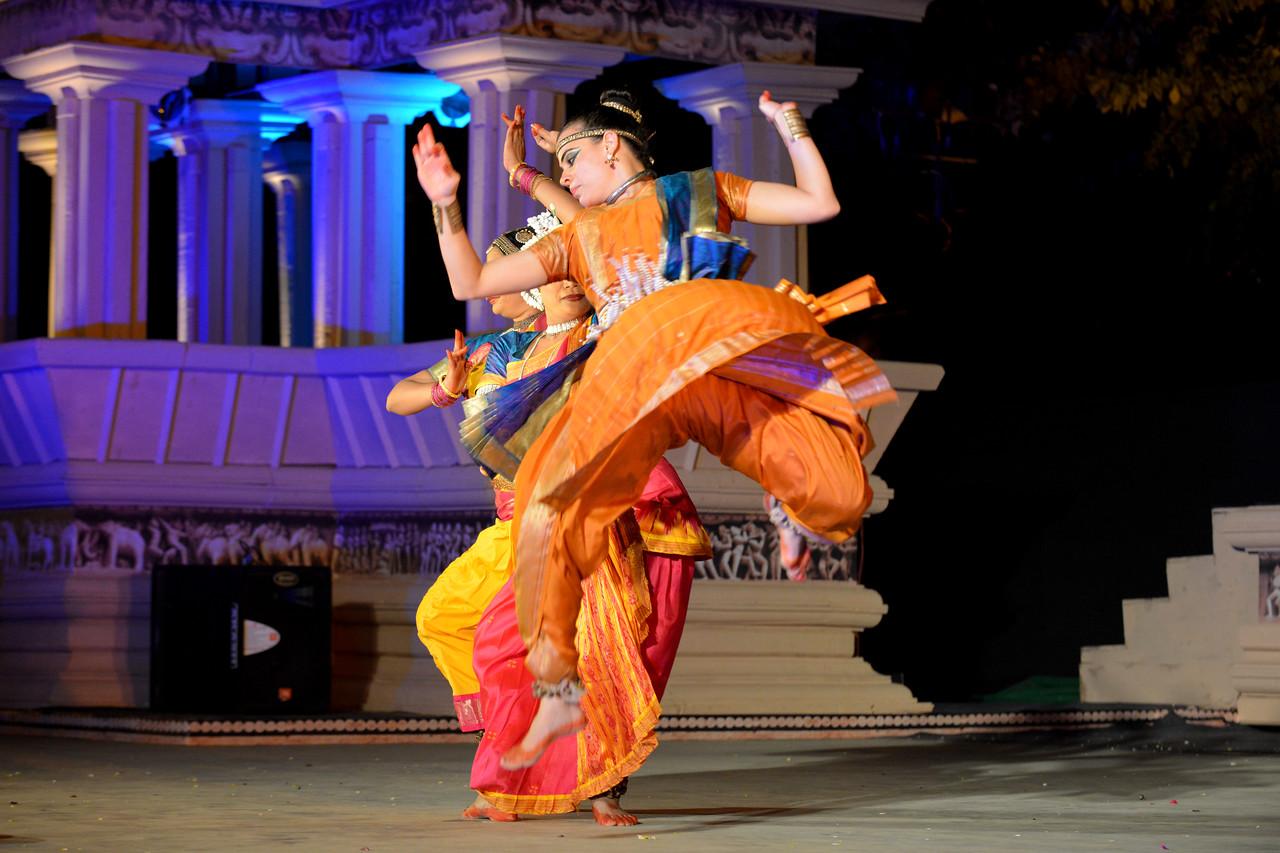 Carolina Prada, Nibedita Mohapatra, Abhinaya Nagajothy performed Chhau, Odissi, Kuchipudi at the Khajuraho Festival of Dances February, 2014.