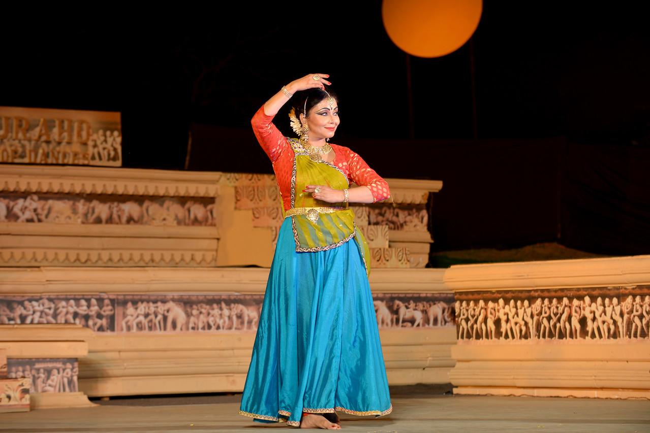Marami Medhi, Meghranjani, Dipjyoti, and Dipankar & Troupe's Kathak & Satriya dance performance at the Khajuraho Festival of Dances.