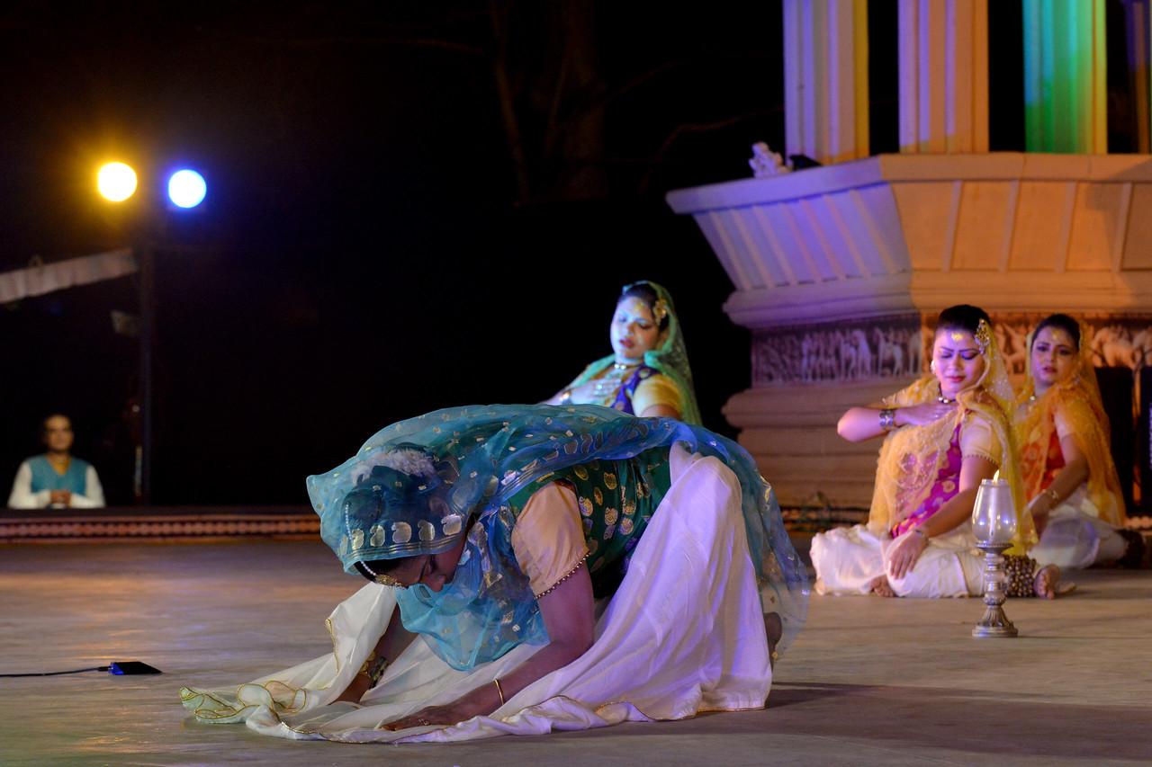 Luna Poddar. Ashimbandhu Bhattacharya & Troupe's Kathak dance performance at the Khajuraho Festival of Dances.