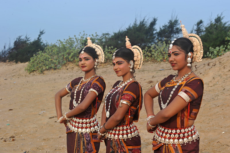 Dancers from Guru Gangadhar Pradhan's  Konark Natya Mandap at the Konark beach in Orissa. <br /> <br /> Shot during the Konark Dance & Music Festival held from February, 19th to 23rd, 2010 was organized by Konark Natya Mandap.