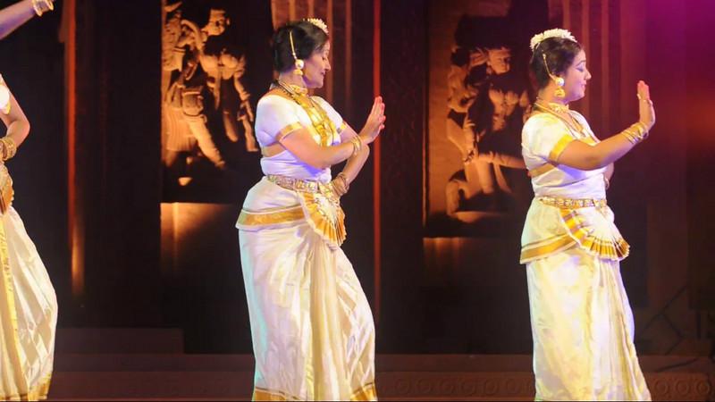 Short video clip of dance performance by Ms. Mandakini Trivedi & Troupe, from Mumbai.<br /> <br /> The Konark Dance & Music Festival held from February, 19th to 23rd, 2010 was organized by Konark Natya Mandap.