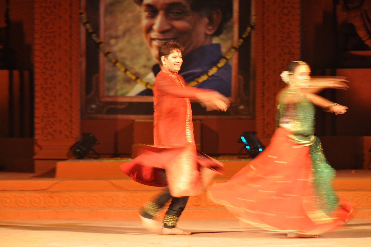 "Kathak Dance by Nadam, Bangalore led by the dancing couple Murali Mohan Kalvakalva and Nandini K Mehta.<br /> <br /> The Konark Dance & Music Festival 2011 held from February, 19th to 23rd, organized by Konark Natya Mandap. The festival takes place in an open-air auditorium and enlivens the spirit of the sculptures of Konark temple which is just a short distance away.<br /> <br /> The objectives of the Konark Natya Mandap are to preserve, promote, and project the rich cultural heritage of Orissa and to infuse cultural awareness in the minds of all. Started with painstaking efforts of internationally renowned Odissi dance teacher Guru Gangadhar Pradhan who unfortunately passed away last year. For more details on the festival see  <a href=""http://www.konarknatyamandap.org/"">http://www.konarknatyamandap.org/</a>"
