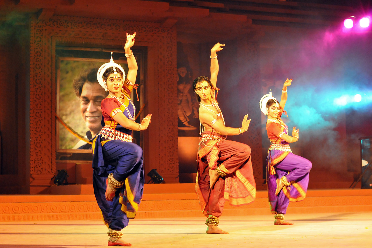 "Odissi Dance by Nupur, Bhubaneswar.<br /> <br /> The Konark Dance & Music Festival 2011 held from February, 19th to 23rd, organized by Konark Natya Mandap. The festival takes place in an open-air auditorium and enlivens the spirit of the sculptures of Konark temple which is just a short distance away.<br /> <br /> The objectives of the Konark Natya Mandap are to preserve, promote, and project the rich cultural heritage of Orissa and to infuse cultural awareness in the minds of all. Started with painstaking efforts of internationally renowned Odissi dance teacher Guru Gangadhar Pradhan who unfortunately passed away last year. For more details on the festival see  <a href=""http://www.konarknatyamandap.org/"">http://www.konarknatyamandap.org/</a> and <a href=""http://konarkfestival.com/"">http://konarkfestival.com/</a>"