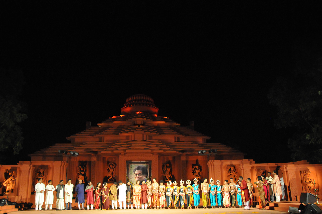 "Felicitation of Odissi Dancers of Konark Natya Mandap, Konark.<br /> <br /> The Konark Dance & Music Festival 2011 held from February, 19th to 23rd, organized by Konark Natya Mandap. The festival takes place in an open-air auditorium and enlivens the spirit of the sculptures of Konark temple which is just a short distance away.<br /> <br /> The objectives of the Konark Natya Mandap are to preserve, promote, and project the rich cultural heritage of Orissa and to infuse cultural awareness in the minds of all. Started with painstaking efforts of internationally renowned Odissi dance teacher Guru Gangadhar Pradhan who unfortunately passed away last year. For more details on the festival see  <a href=""http://www.konarknatyamandap.org/"">http://www.konarknatyamandap.org/</a>"