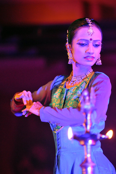 "Ms. Mitha Vinay Bellavi, of Nadam group from, Bangalore performed the Kathak Dance at Konark.<br /> <br /> The Konark Dance & Music Festival 2011 held from February, 19th to 23rd, organized by Konark Natya Mandap. The festival takes place in an open-air auditorium and enlivens the spirit of the sculptures of Konark temple which is just a short distance away.<br /> <br /> The objectives of the Konark Natya Mandap are to preserve, promote, and project the rich cultural heritage of Orissa and to infuse cultural awareness in the minds of all. Started with painstaking efforts of internationally renowned Odissi dance teacher Guru Gangadhar Pradhan who unfortunately passed away last year. For more details on the festival see  <a href=""http://www.konarknatyamandap.org/"">http://www.konarknatyamandap.org/</a>"