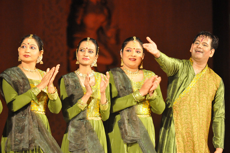 "Seen from left to right are: Poorna Achar, Mitha Vinay Bellavi, Chandana Ramesh, Murali Mohan Kalvakalva.<br /> <br /> Felcitation of Kathak Dance group Nadam from Bangalore at Konark.<br /> <br /> The Konark Dance & Music Festival 2011 held from February, 19th to 23rd, organized by Konark Natya Mandap. The festival takes place in an open-air auditorium and enlivens the spirit of the sculptures of Konark temple which is just a short distance away.<br /> <br /> The objectives of the Konark Natya Mandap are to preserve, promote, and project the rich cultural heritage of Orissa and to infuse cultural awareness in the minds of all. Started with painstaking efforts of internationally renowned Odissi dance teacher Guru Gangadhar Pradhan who unfortunately passed away last year. For more details on the festival see  <a href=""http://www.konarknatyamandap.org/"">http://www.konarknatyamandap.org/</a>"
