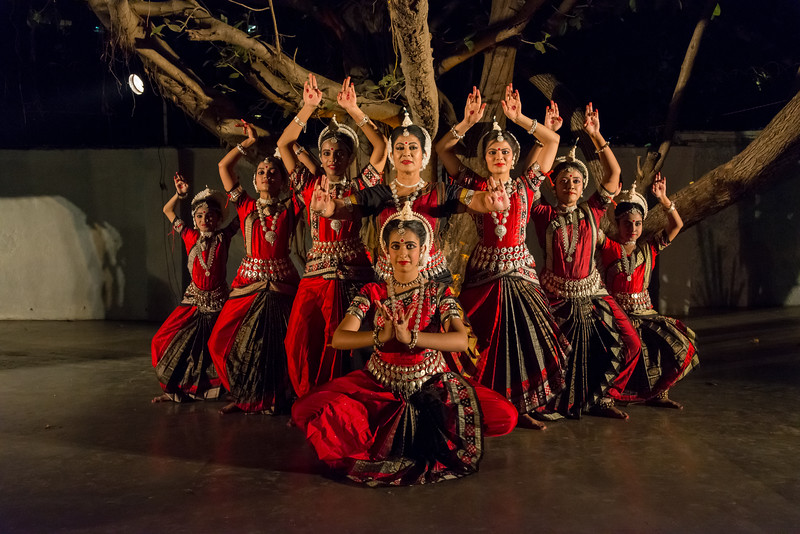Guru Smt Stuti Sahu and her disciples. Mumbai Odissi Utsav. Day 1 - 17th Feb 2018.
