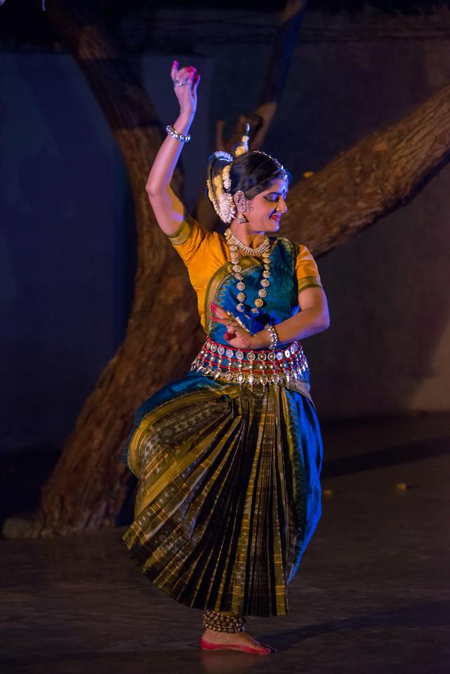 Smt Anu Narayan - Mumbai (Solo). Mumbai Odissi Utsav, Day 1 - 17th Feb 2018.