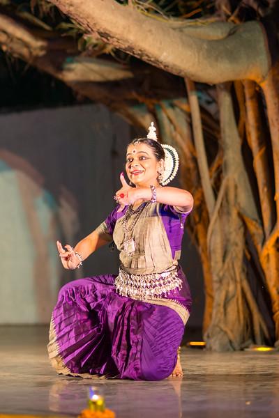 Smt Prachi Jariwala (Disciple of Guru Smt Daksha Mashruwala) (Solo), Mumbai.<br /> Mumbai Odissi Utsav. Day 2 - 18th Feb 2018.