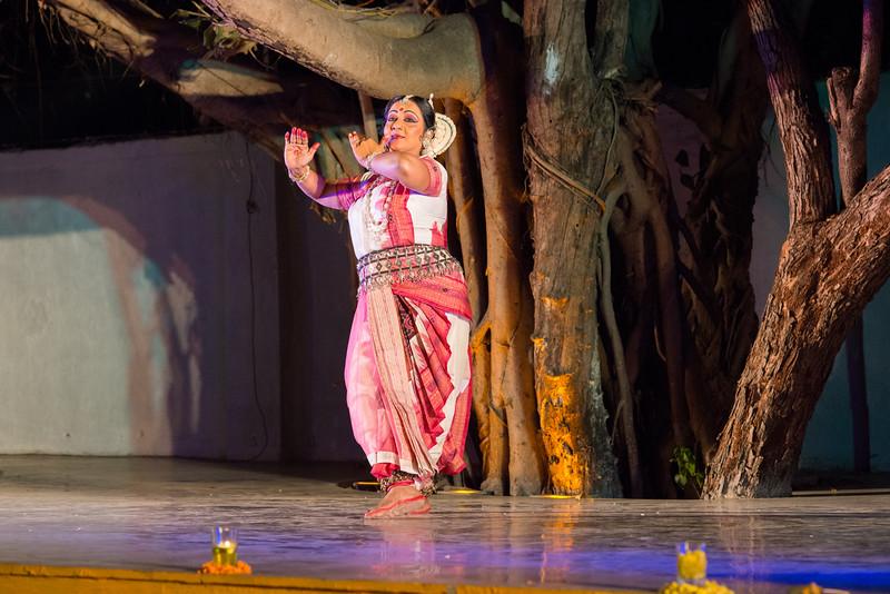 Guru Smt Jyoti Shrivastava (Solo) (Delhi)<br /> Mumbai Odissi Utsav. Day 2 - 18th Feb 2018.