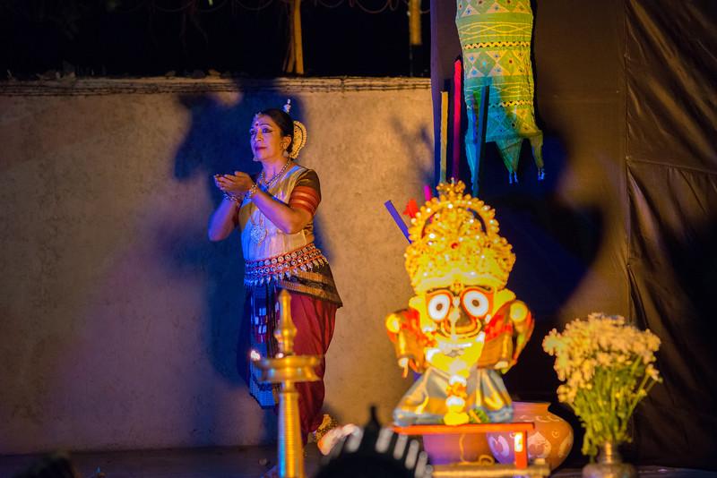 Smt Daksha Mashruwala. Kaishiki Nrityabhasha (Mumbai) (Group: Guru Smt Daksha Mashruwala and Disciples)<br /> Mumbai Odissi Utsav. Day 2 - 18th Feb 2018.