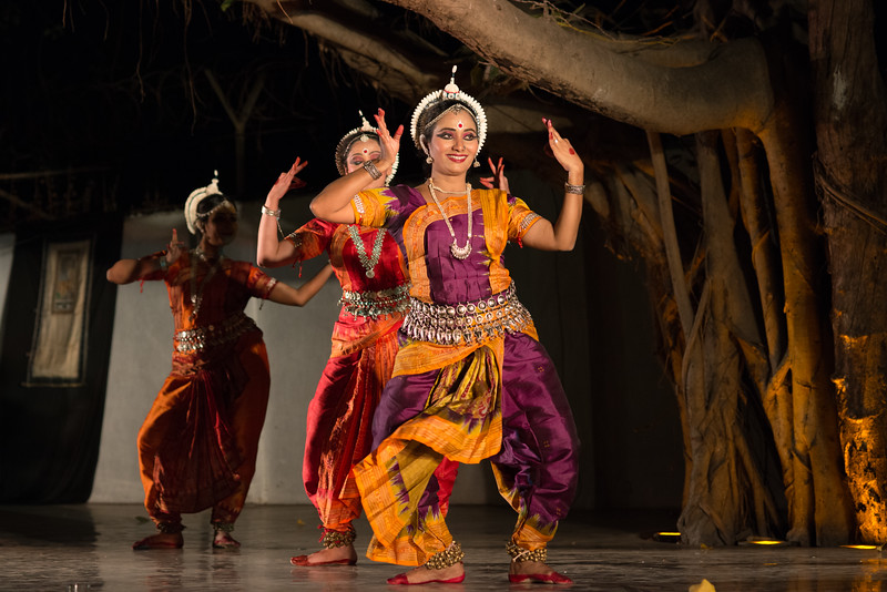 Swapnakalpa Dance Troupe (Mumbai) (Disciples of Smt Swapnakalpa Dasgupta)<br /> Mumbai Odissi Utsav. Day 2 - 18th Feb 2018.