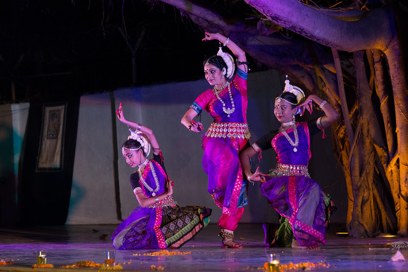 Utkal Nritya-Niketan (Amravati) (Group: Smt Sheetal Metkar and Disciples)<br /> Mumbai Odissi Utsav. Day 2 - 18th Feb 2018.