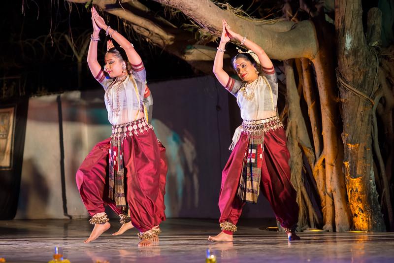 Namrata Mehta and Subrata Tripathy. Kaishiki Nrityabhasha (Mumbai) (Group: Guru Smt Daksha Mashruwala and Disciples)<br /> Mumbai Odissi Utsav. Day 2 - 18th Feb 2018.