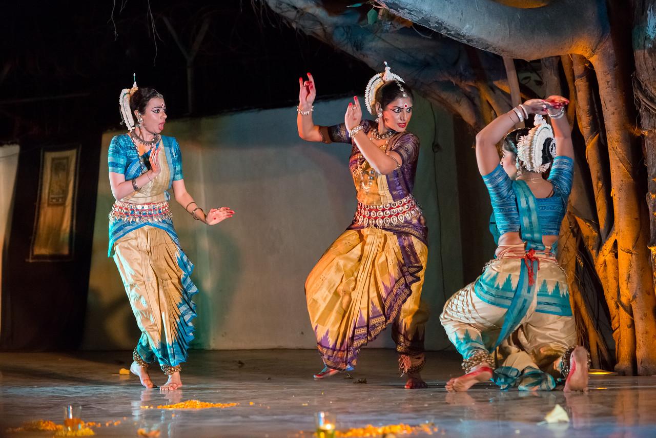 Guru Smt Debi Basu and group (Mumbai)<br /> Mumbai Odissi Utsav. Day 2 - 18th Feb 2018.