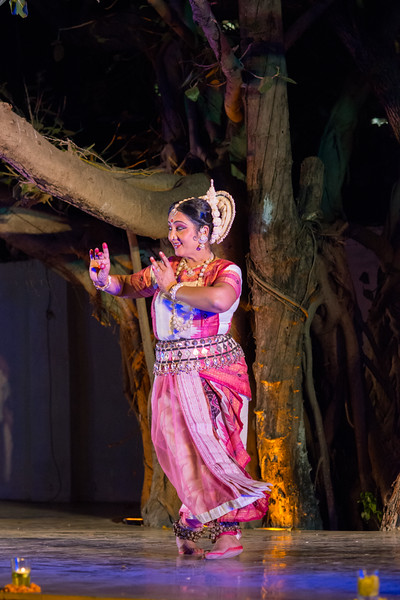 Guru Smt Jyoti Shrivastava (Solo) (Delhi)<br /> Mumbai Odissi Utsav. Day 2 - 18th Feb 2018.