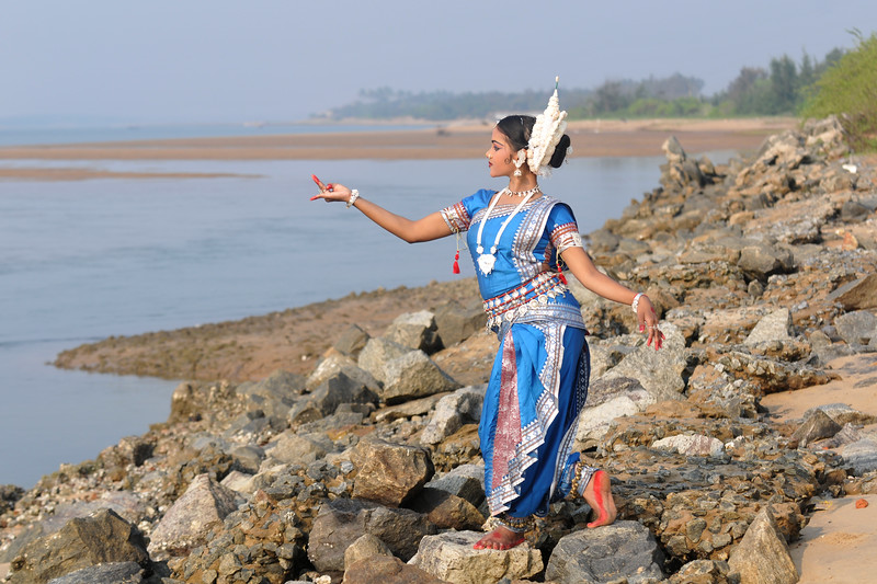 "Odissi dancers of the Konark Natya Mandap at the Konark Beach shot during the Konark Dance & Music Festival and located close to the famous Konark Sun temple.<br /> <br /> These dancers have been mentored by the renowned Odissi dance teacher Guru Gangadhar Pradhan who unfortunately passed away last year. For more details on the festival and the organizers, take a look at:  <a href=""http://konarkfestival.com/"">http://konarkfestival.com/</a> and  <a href=""http://www.konarknatyamandap.org/"">http://www.konarknatyamandap.org/</a>"