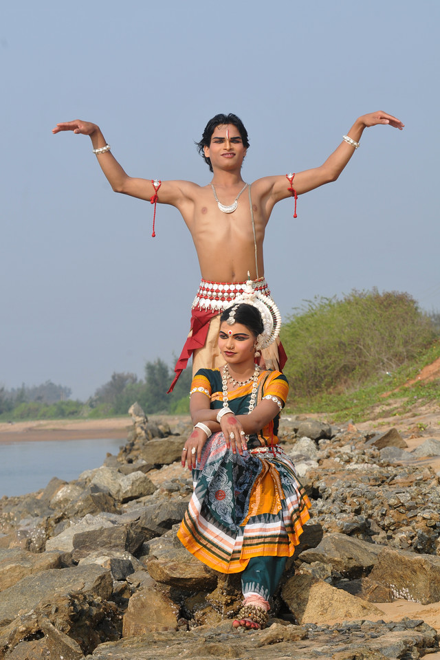 "Odissi dancers of the Konark Natya Mandap at the Konark Beach shot during the Konark Dance & Music Festival and close to the famous Konark Sun temple. Prasanta Kumar Sahoo as Shiva.<br /> <br /> These dancers have been mentored by the renowned Odissi dance teacher Guru Gangadhar Pradhan who unfortunately passed away last year. For more details on the festival and the organizers, take a look at:  <a href=""http://konarkfestival.com/"">http://konarkfestival.com/</a> and  <a href=""http://www.konarknatyamandap.org/"">http://www.konarknatyamandap.org/</a>"