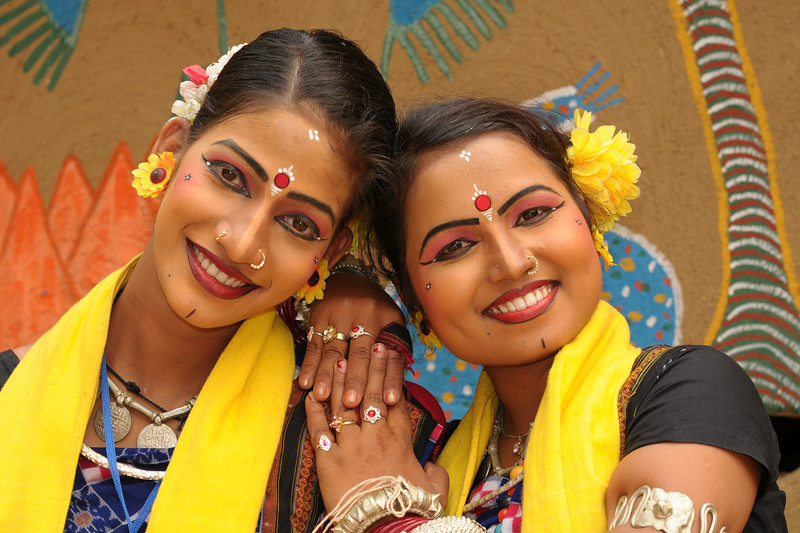 Bijaylaxmi Mohapatra (Angelrina Mohapatra) and  Sarita Mohanty - artists from from Dayal Sangeet Academy, Rasulgarh, Bhubaneshwar, Orissa. These girl artists performed the Odissi Classical dance and Sambalpuri Folk dance at the Surajkund Crafts Mela 2009, Haryana, North India.