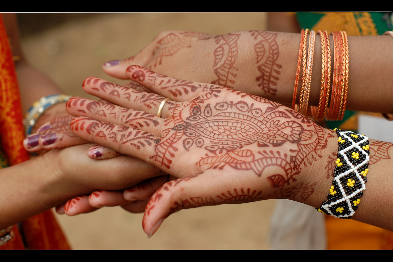 """I love you"" written with mehendi (heena). Suraj Kund Mela 2008 held in Haryana (outskirts of Delhi), North India. The Suraj Kund Mela is an annual fair held near Delhi. Folk dances, handicrafts and a lot of fun."