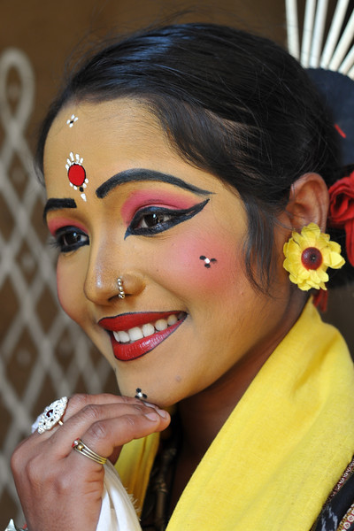 Prativa Mohanty, dancer from Dayal Sangeet Academy, Rasulgargh, Bhubaneshwar, Orissa striking a pose at Suraj Kund Mela. She is an Odissi and Sambalpuri folk dancer. <br /> Surajkund Crafts Mela 2011 held near Delhi in Faridabad, Haryana, North India. The annual Suraj Kund Mela (fair) is an event held in February each year where artisans, craftsmen, musicians & dancers come together and entral thousands of visitors. It is also a great shopping bonanza and delight to the palate with the range of food.