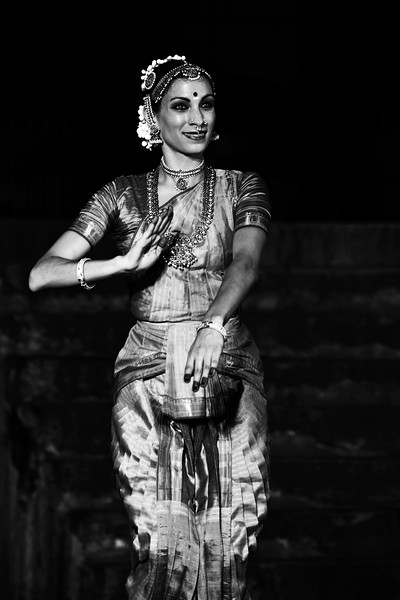 "Valerie Kanti Fernando, student of Sri Rajarajeswari Bharatha Natya Kala Mandir and disciple of Guru Harikrishna Kalyanasundaram, performed at the Brahan Natyanjali 2015, Big Temple, Thanjavur, Tamil Nadu, 19th February, 2015. <a href=""http://brahannatyanjali.in/"">http://brahannatyanjali.in/</a>"