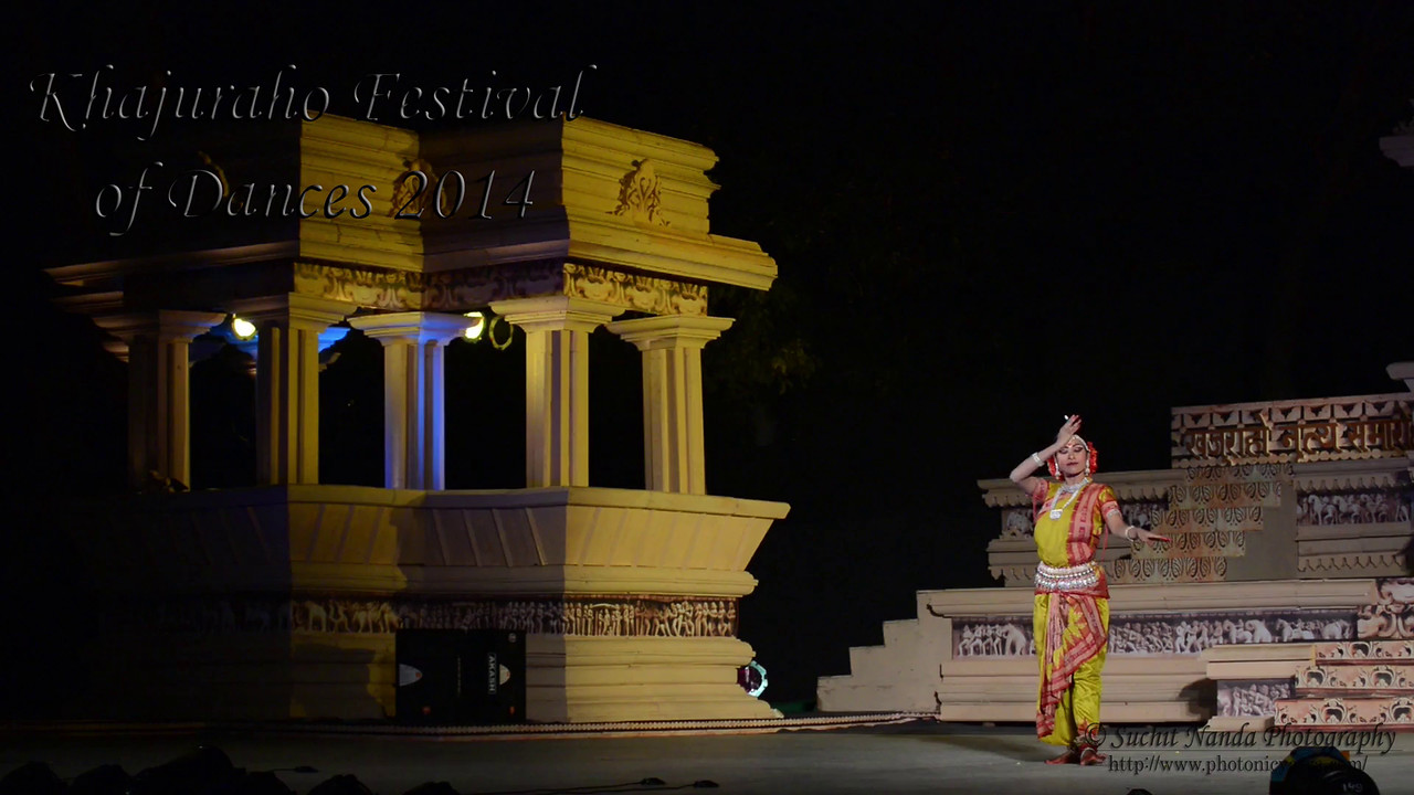 Short video of Vidyagauri Adkar, Mahati Kanna, and Bithika Mistry's dance. Khajuraho Festival of Dances celebrates the most colorful and brilliant classical dance forms of India.