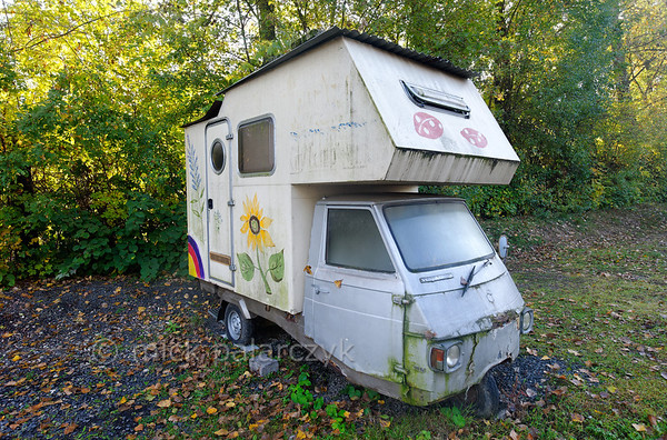 [GERMANY.HESSEN 29308] 'Vintage camper.'  	This Vespacar turned into camper has reached the end of its voyage on a camping near Frankfurt. Photo Mick Palarczyk.