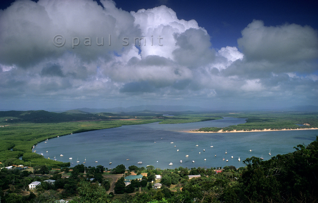 [AUSTRALIA.QUEENSLAND 9881] 'Endeavour River and Cooktown.'  The Endeavour River, a beautiful rainforest river, got its name after the ship of captain Cook, that was wrecked on the corals in the river mouth and that was repaired on the spot where Cooktown is situated today, in Far North Queensland. Photo Paul Smit.