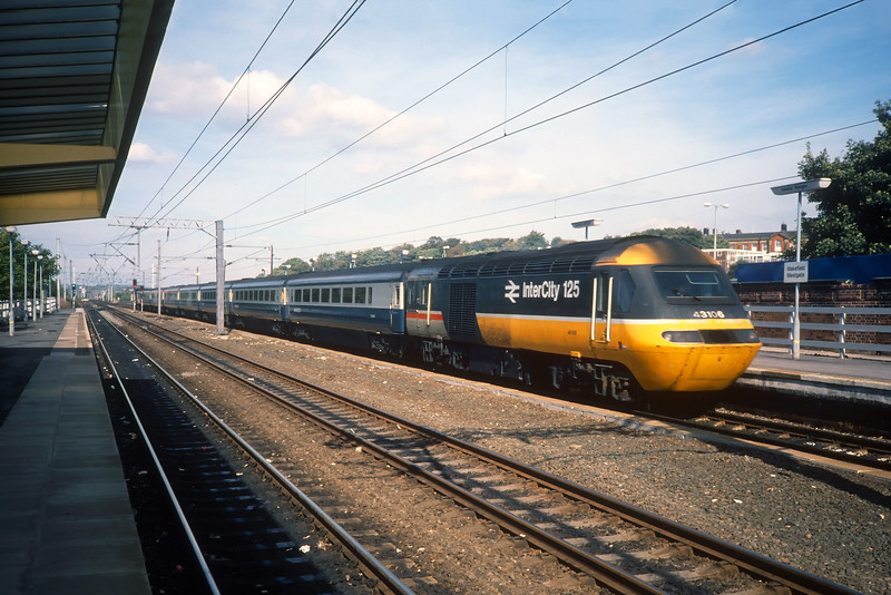 43106 at Wakefield Westgate