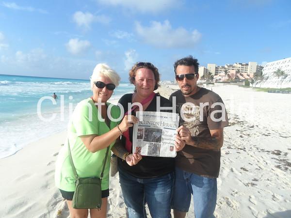 Mandy Wiersema, Brandy Wiersema, Jennifer Andersen in Cancun with herald!!<br /> <br /> Photographer's Name: Mandy Wiersema<br /> Photographer's City and State: clinton, IA