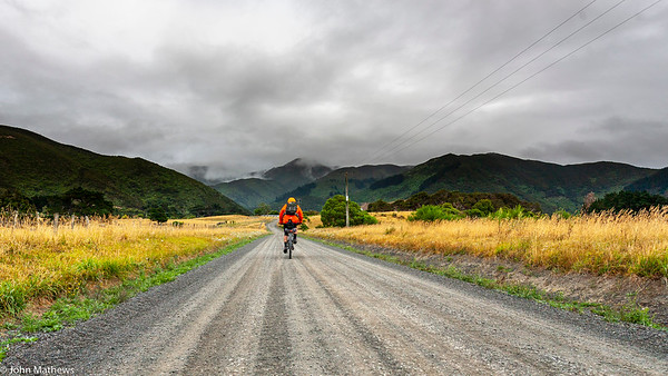20210206 Fred Hutchings heading to Remutaka Rail Trail on Aotearoa Cycle Challenge -_MG_0605