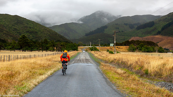 20210206 Fred Hutchings heading to Remutaka Rail Trail on Aotearoa Cycle Challenge -_MG_0599
