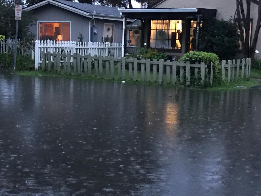 . Flooding on Josephine St in Santa Cruz. (Shmuel Thaler -- Santa Cruz Sentinel)