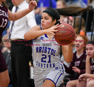 021317  Wesley Bunnell | Staff  Bristol Eastern girls basketball vs Bristol Central on Feb. 13 at Bristol Eastern High School. Miya Laprise (21) looks to pass.