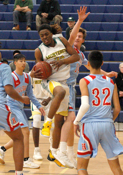Monterey vs. Hillsdale, CCS DIII Basketball