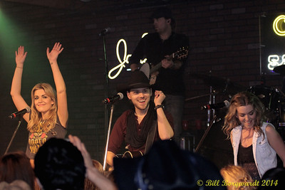 Brett Kissel & Carly & Britt McKillip - One More Girl - Young Guns at Cook 319