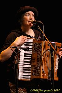 Maria Dunn - Women of Folkways 139