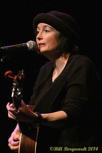 Maria Dunn - Women of Folkways 002