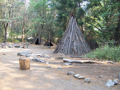We visited a museum that had a Miwok Indian village, the Indians that used the spice bush for arrows.  Most of the village was just a dispaly, like the huts, but some parts are still used for their old religious ceremoneis.