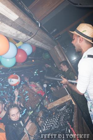 Feest DJ Toeskee