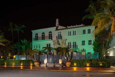 The Villa Casa Casuarina At The Former Versace Mansion shut down Coronavirus Covid 19