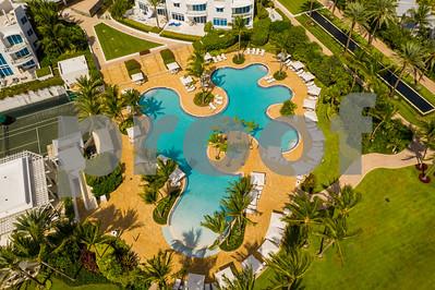 Tropical lagoon swimming pool