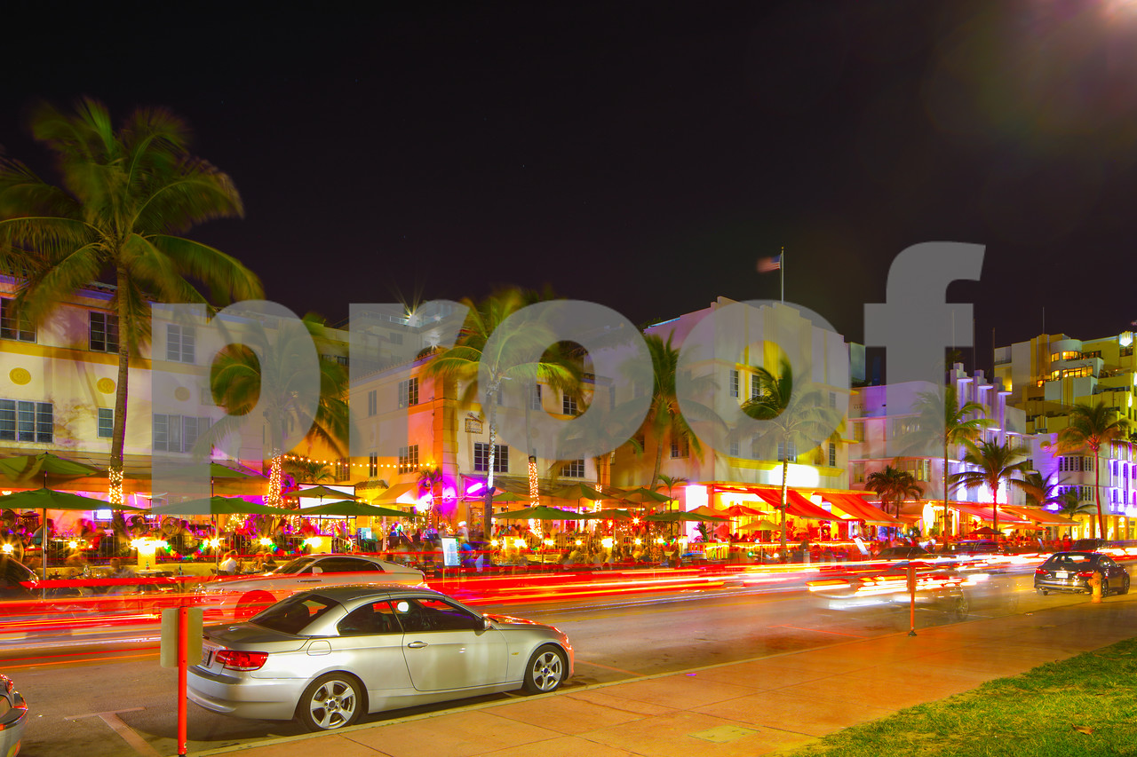 Ocean Drive Miami Beach night scene restaurants and deco hotels